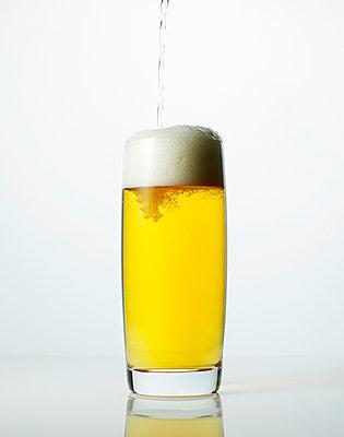 Draft beer - p549m1000553 by C&P