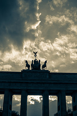 Brandenburg Gate - p975m1129003 by Hayden Verry