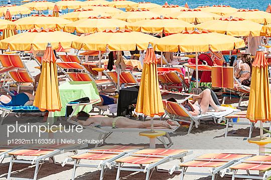 Strandleben - p1292m1169356 von Niels Schubert