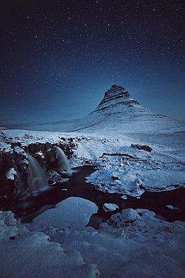 Kirkjufell Night - p1341m1559721 von Conny Hepting