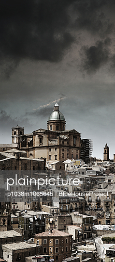 Rain cloud - p1038m1065645 by BlueHouseProject