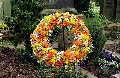 Blumenkranz auf Gab - p0040872 von Normal