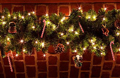 Weihnachtliche Girlande - p6060668 von Iris Friedrich