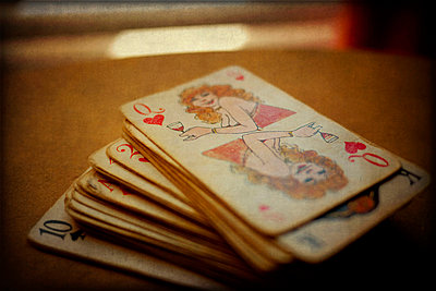 A stack of old playing cards - p1072m829128 by Kevin Mallia