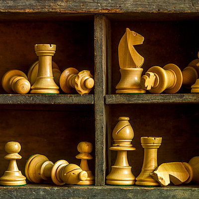 Chess pieces - p813m1222297 by B.Jaubert