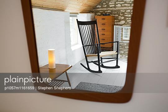 Mid Century Style - p1057m1161659 von Stephen Shepherd