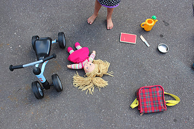 Toys on the street - p097m938495 by K. Krebs