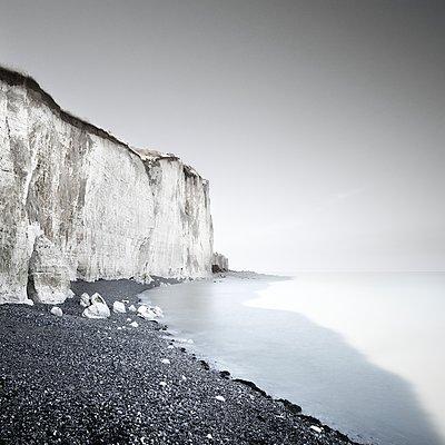 Steilküste - p1137m1559149 von Yann Grancher