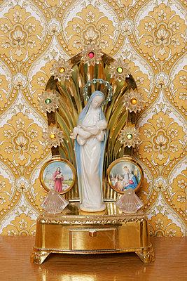 Heiligenfigur - p1650499 von Andrea Schoenrock