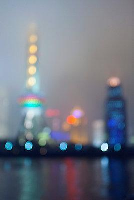 Shanghai - p7980225 von Florian Loebermann