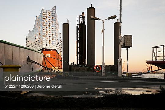 Elbphilharmonie - p1222m1286260 von Jérome Gerull
