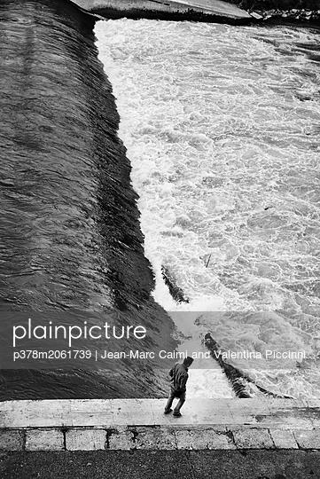 p378m2061739 von Jean-Marc Caimi and Valentina Piccinni