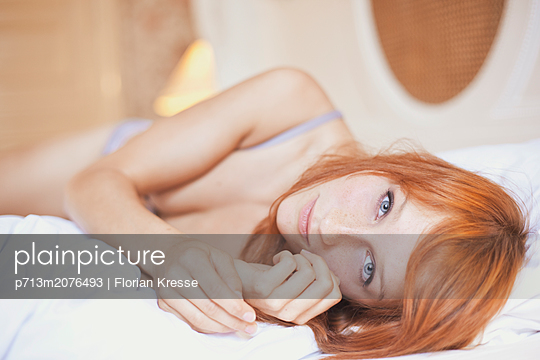 p713m2076493 by Florian Kresse