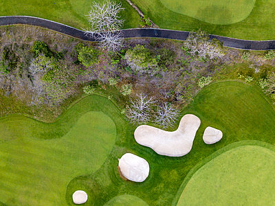 Indonesia, Bali, Aerial view of golf course - p300m2029924 by Konstantin Trubavin