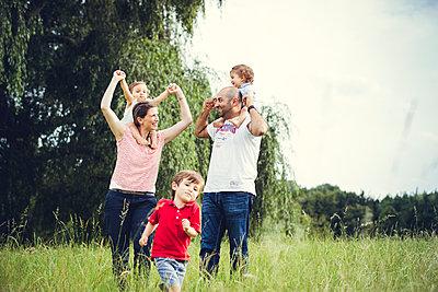 Familienausflug - p904m1065017 von Stefanie Päffgen