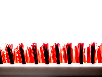 Red bristles - p401m2187140 by Frank Baquet