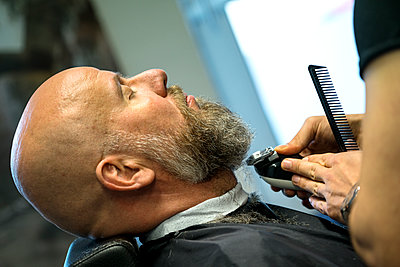 At the barber's - p427m1286518 by Ralf Mohr