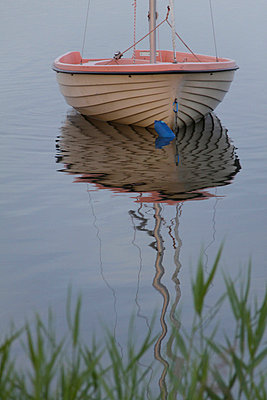 hiddensee segelboot - p627m671200 by Hendrik Rauch