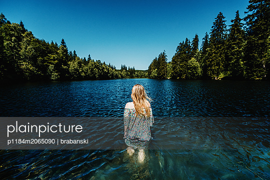 Cooling off in the lake - p1184m2065090 by brabanski
