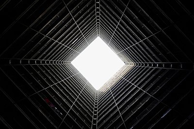 Looking up in Hong Kong - p1399m1510495 by Daniel Hischer