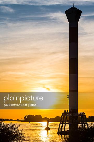Sonnenuntergang - p488m2028058 von Bias