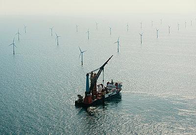 Construction work on Amalia windfarm, IJmuiden, Noord-Holland, Netherlands - p429m2004569 by Mischa Keijser
