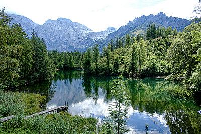 Großer Ödsee mit Blick auf Totes Gebirge - p1463m2292001 von Wolfgang Simlinger