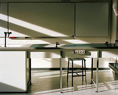 Class room - p453m2151372 by Mylène Blanc