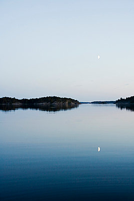 View of the horizon at dusk, Sweden. - p31225076 by Jakob Fridholm