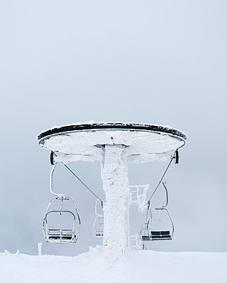 Ski lift at winter - p312m2091925 by Stefan Isaksson