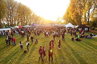 Festivalgelände - p981m1446275 von Franke + Mans