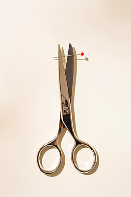 Scissors and needle - p1149m2291275 by Yvonne Röder