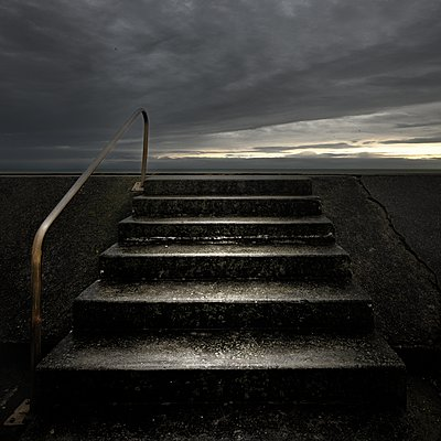 No more lies - p1137m2073138 by Yann Grancher