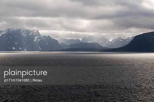 Dämmerung auf den Lofoten - p171m1041683 von Rolau