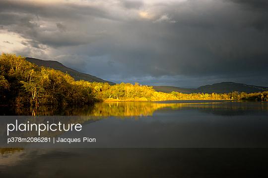 The Oak pond - p378m2086281 by Jacques Pion