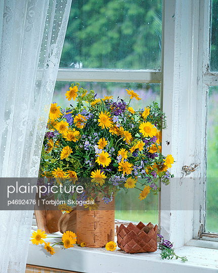 Meadow flowers in a vase