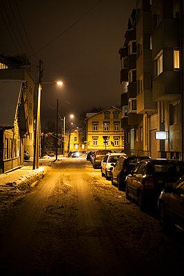 Winter street at night - p312m1180419 by Kari Kohvakka