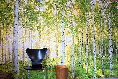 Sitzplatz im Wald - p1079m1182232 von Ulrich Mertens