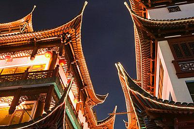 Yu garden shanghai - p9246133f by Image Source