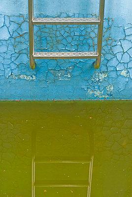 Altes Schwimmbad - p2200742 von Kai Jabs