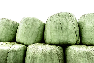 Bales of silage - p1523m2064337 by Nic Fey
