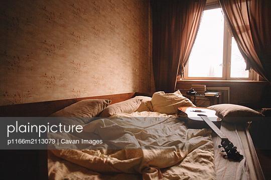 Interior of bedroom - p1166m2113079 by Cavan Images