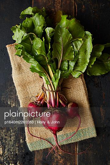 Fresh radishes - p1640m2261083 by Holly & John