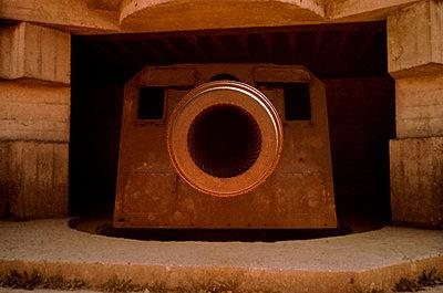 Longues Sur Mer Battery - p1654m2253734 by Alexis Bastin