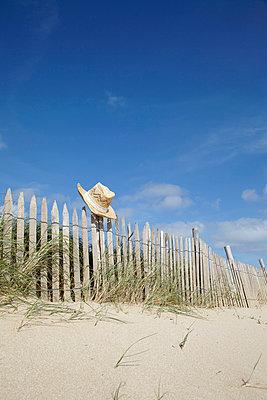 Beach - p4641935 by Elektrons 08