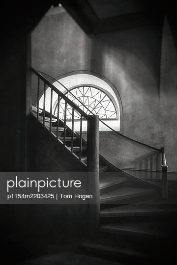 Semi circular window - p1154m2203425 by Tom Hogan