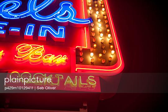 Neon bar sign, Los Angeles, California, USA - p429m1012941f by Seb Oliver
