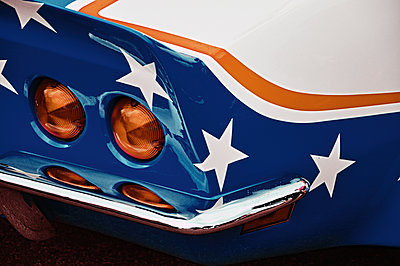 Backlights of American car - p851m1362533 by Lohfink