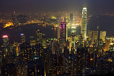 Hong kong cityscape at night - p9246129f by Image Source
