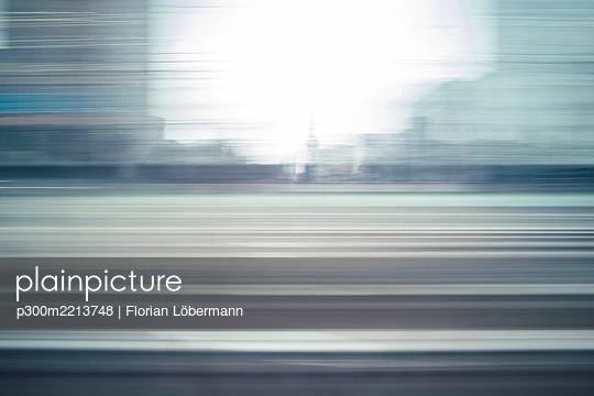 p300m2213748 von Florian Löbermann